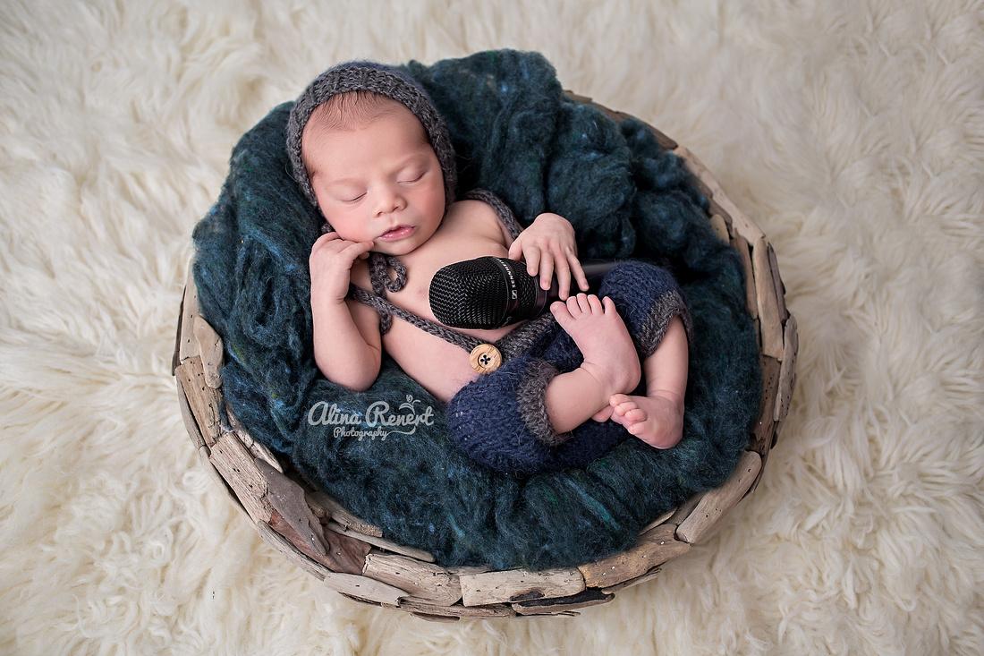 Chicogo Newborn Photographer Alina Renert