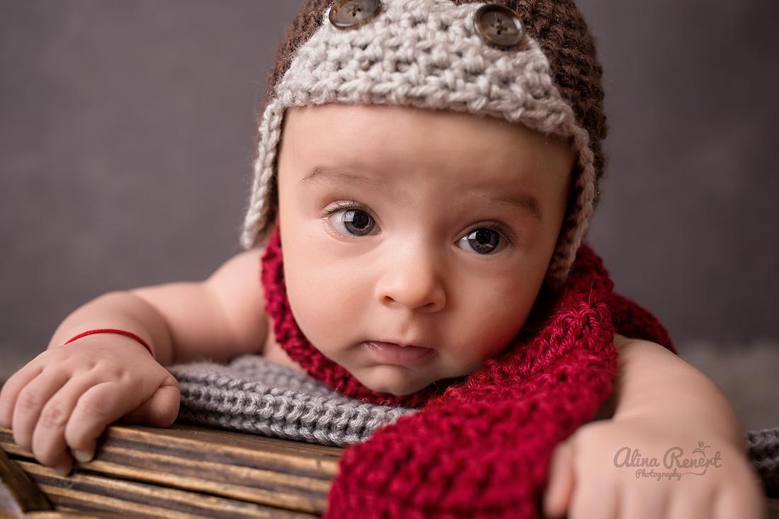 Chicago Milestone Baby Photographer Alina Renert
