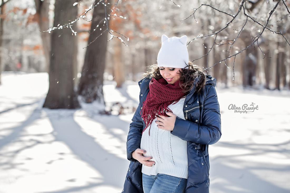 Wheeling Maternity Photographer