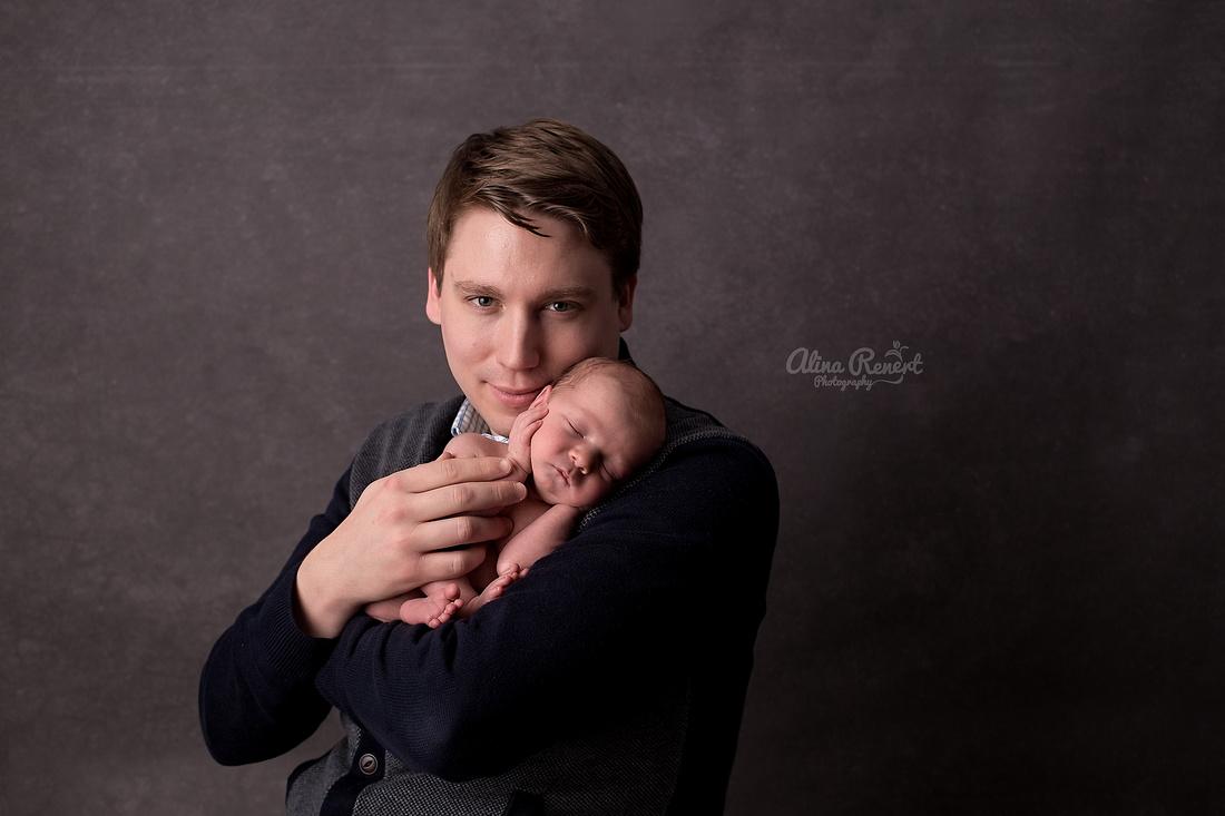 Chicago premier newborn Photographer Alina Renert