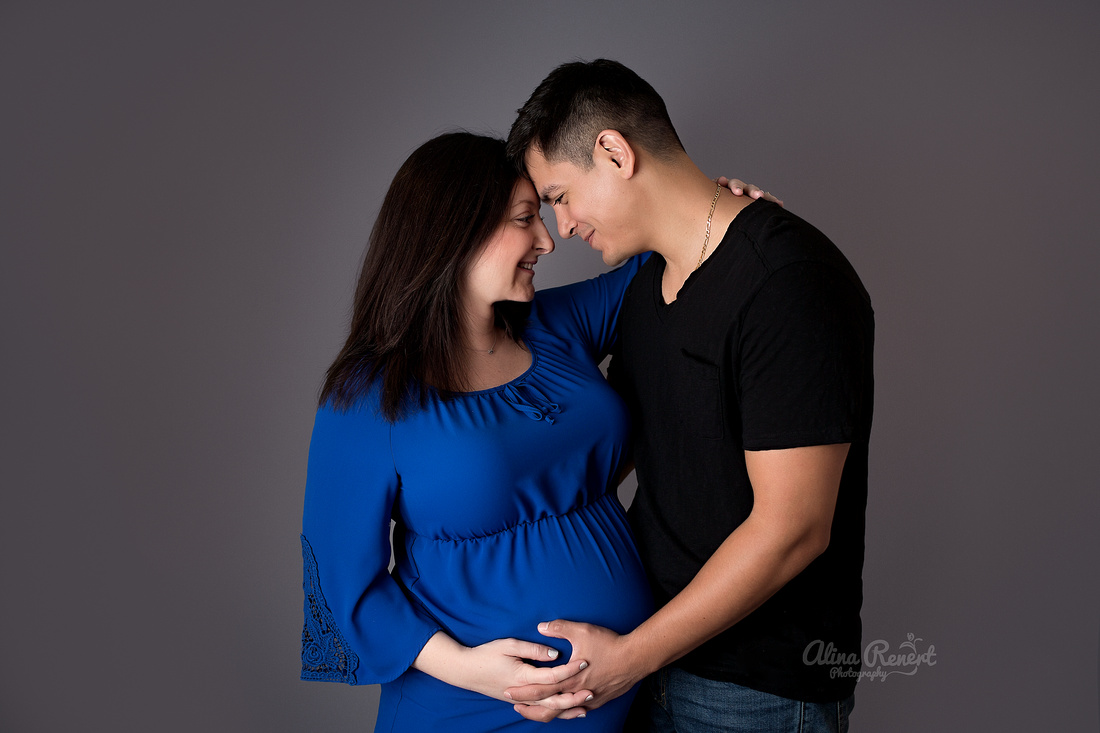 Wheeling Studio Maternity Photography