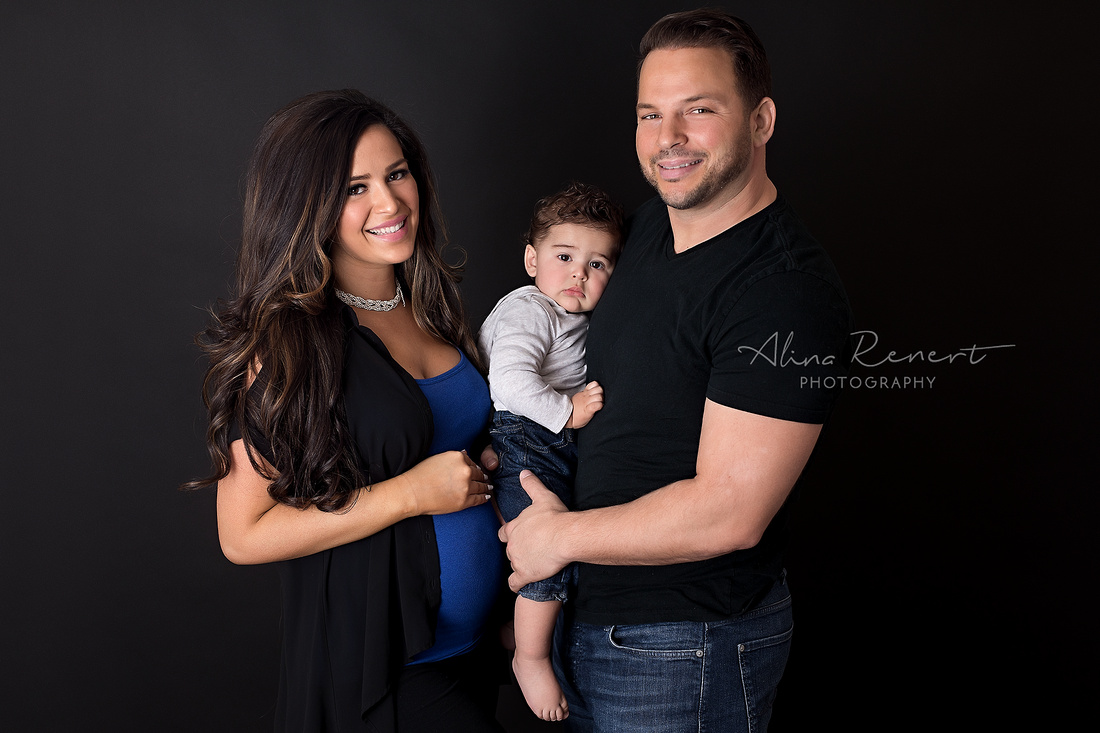Chicago Studio Materity Session - Jenny - Alina Renert Photography