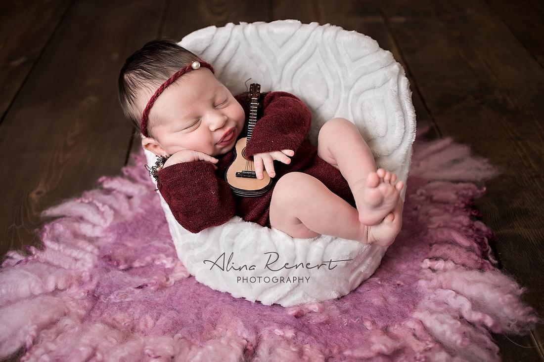 Chicago Newborn Session - Alina Renert Photography